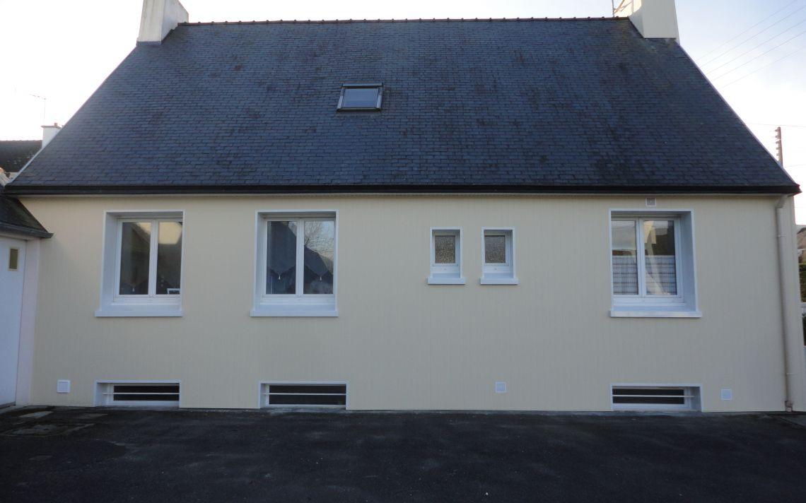 Ravalement de fa ade d 39 une maison individuelle uniso for Facades exterieures de maison