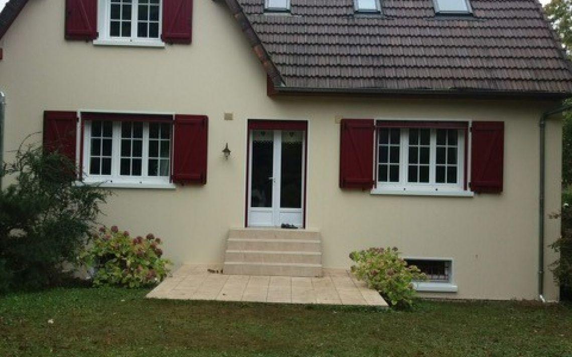 isolation par l 39 ext rieur d 39 une maison traditionnelle dans les yvelines uniso solutions. Black Bedroom Furniture Sets. Home Design Ideas