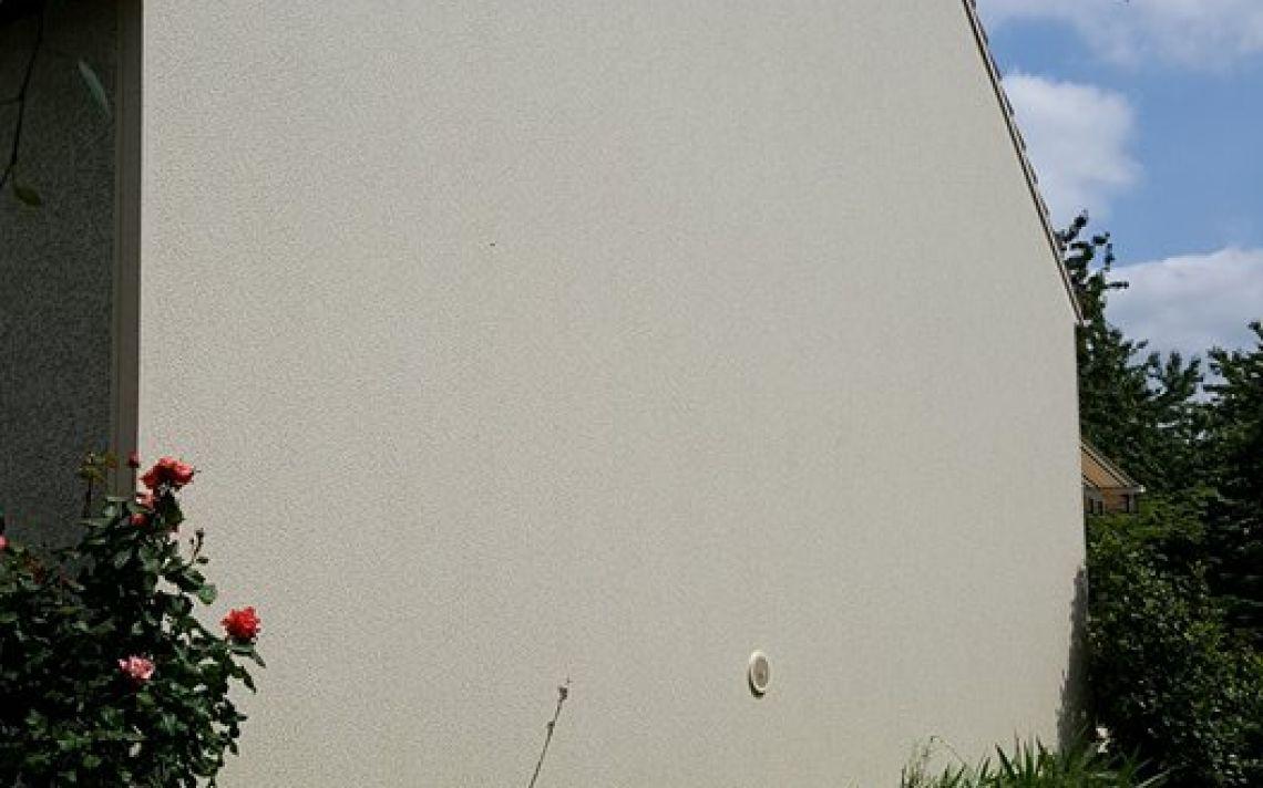 Ravalement et isolation du pignon d 39 une maison dans l for Isolation exterieure d une maison